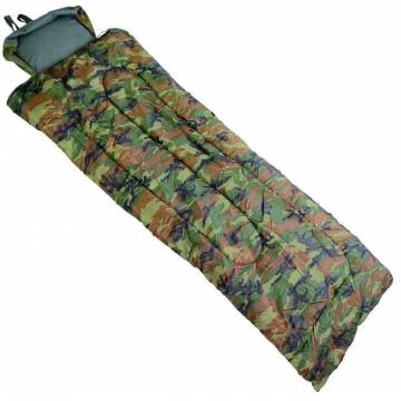 Mil-Tec Pilot Sleeping Bag.- Woodland
